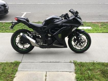 Kawasaki Ninja 300 2013 à Vendre à Shawinigan